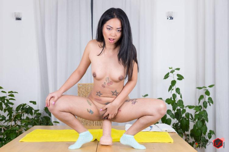 Insanely Stretched Ass – Jureka Del Mar