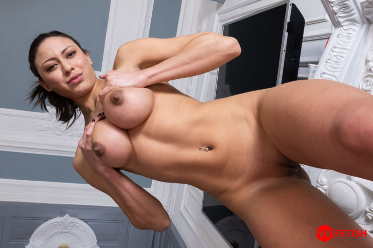 Big Tits and Pink Pussy – Cassie Del Isla